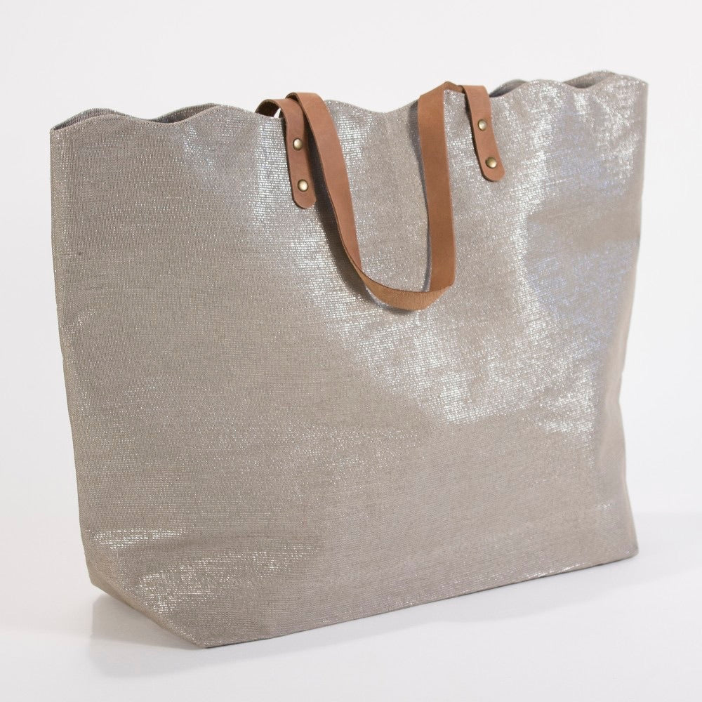 Shimmer Scallop Tote Bag - Champagne