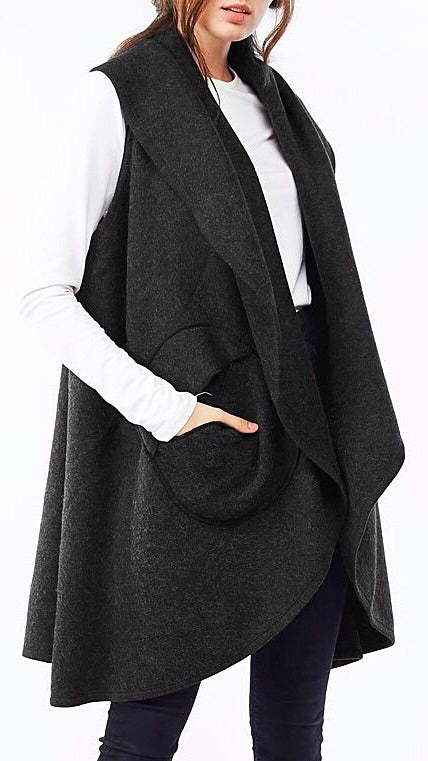 Circle Pocket Shawl Vest - Black