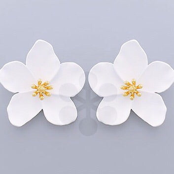 Flower Stud Earrings - White