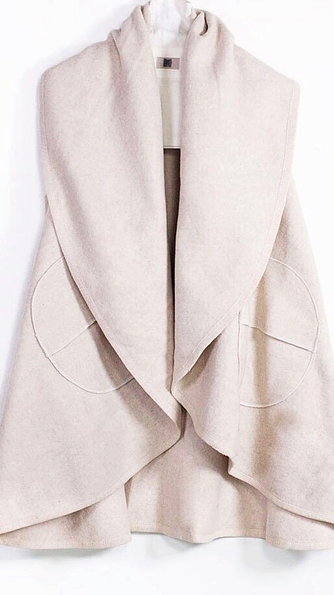 Circle Pocket Shawl Vest - Ivory
