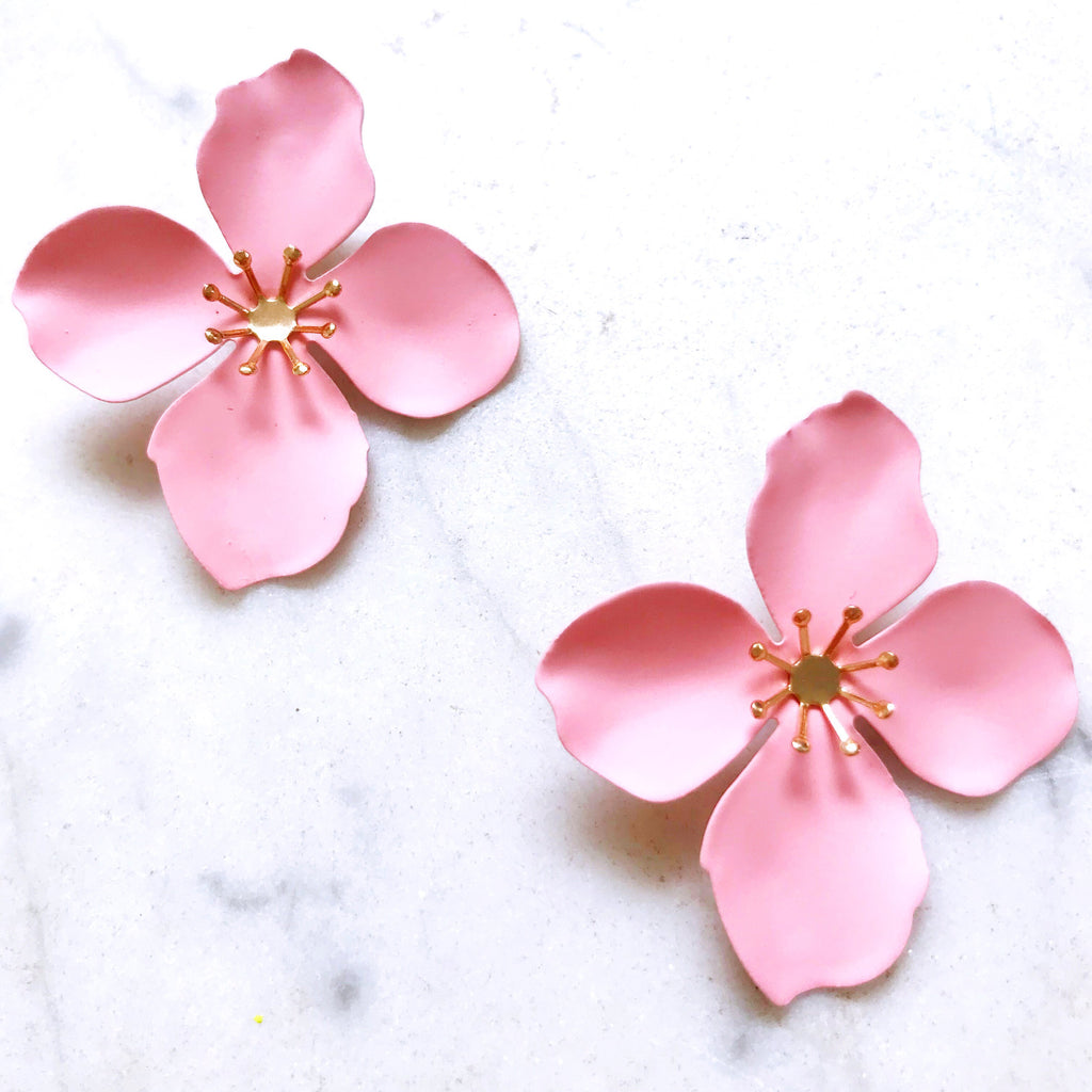 Fleur Stud Earrings - Pale Pink
