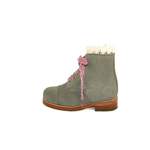 Women Green Boots Oslo Portuguese Lifestyle Online Shop Mode Fashion Design Suede