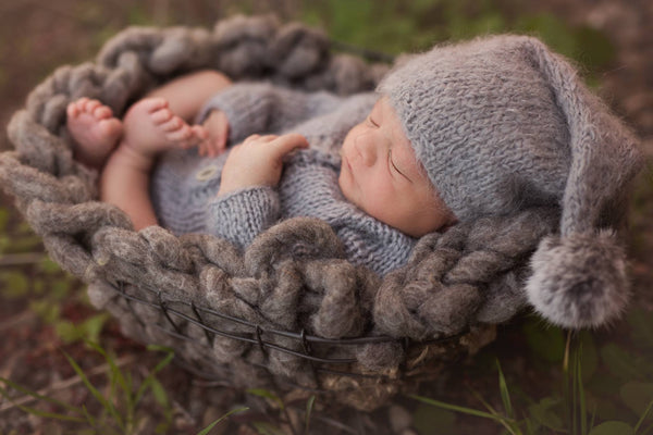susan scott outdoor newborn photography