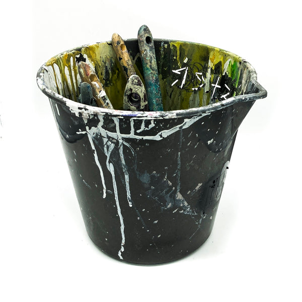 BUCKET OF DEAD BRUSHES
