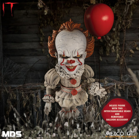Mezco IT: Pennywise Designer Series Deluxe MDS Action Figure