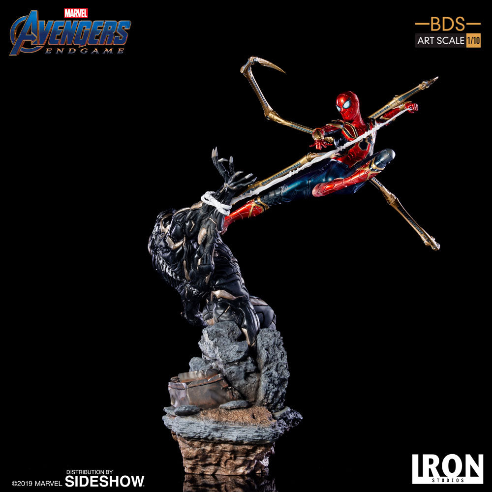 Iron Spider VS Outrider BDS Statue Avengers: Endgame