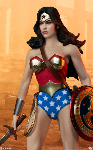 DC Comics Wonder Woman Sixth Scale Figure by Sideshow Collectibles - Collectors Row Inc.