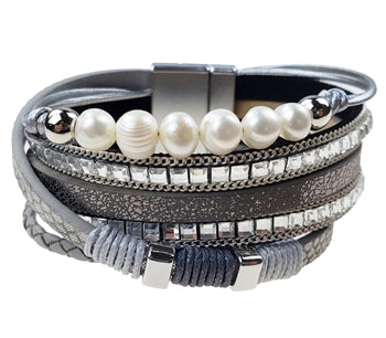 Metallic leather Bracelet with Fresh Water Pearls and Clear Crystals