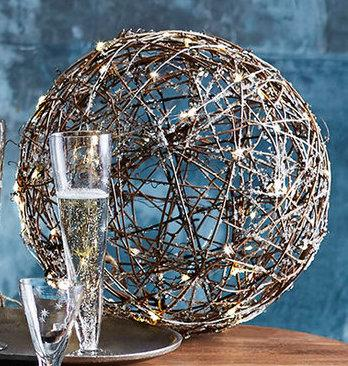 Willow Vine Lighted Sphere Lights