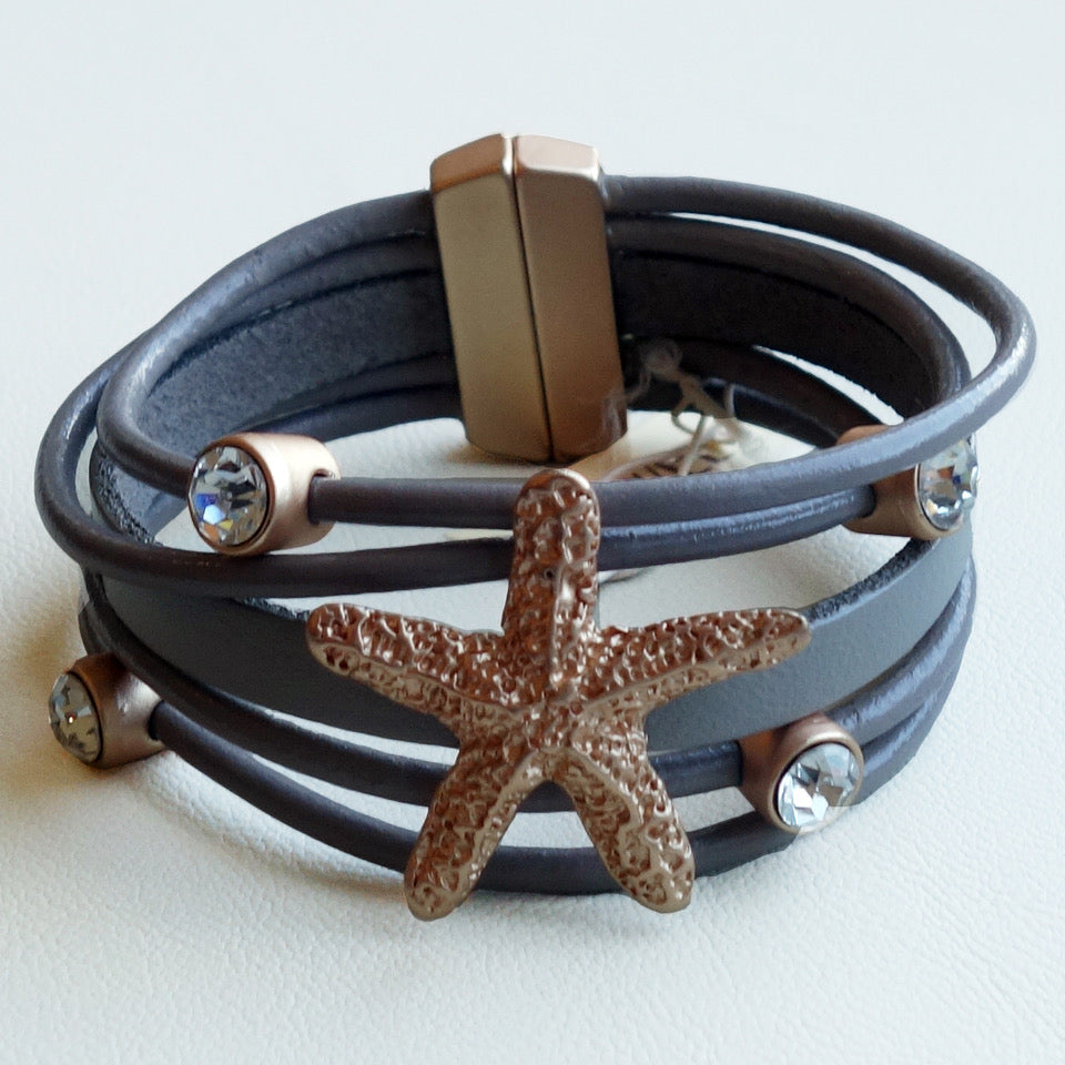 Leather Bracelet with matte gold starfish