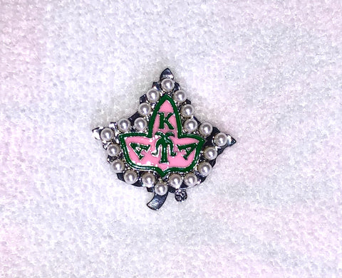 Pink Ivy Badge Lapel Pin