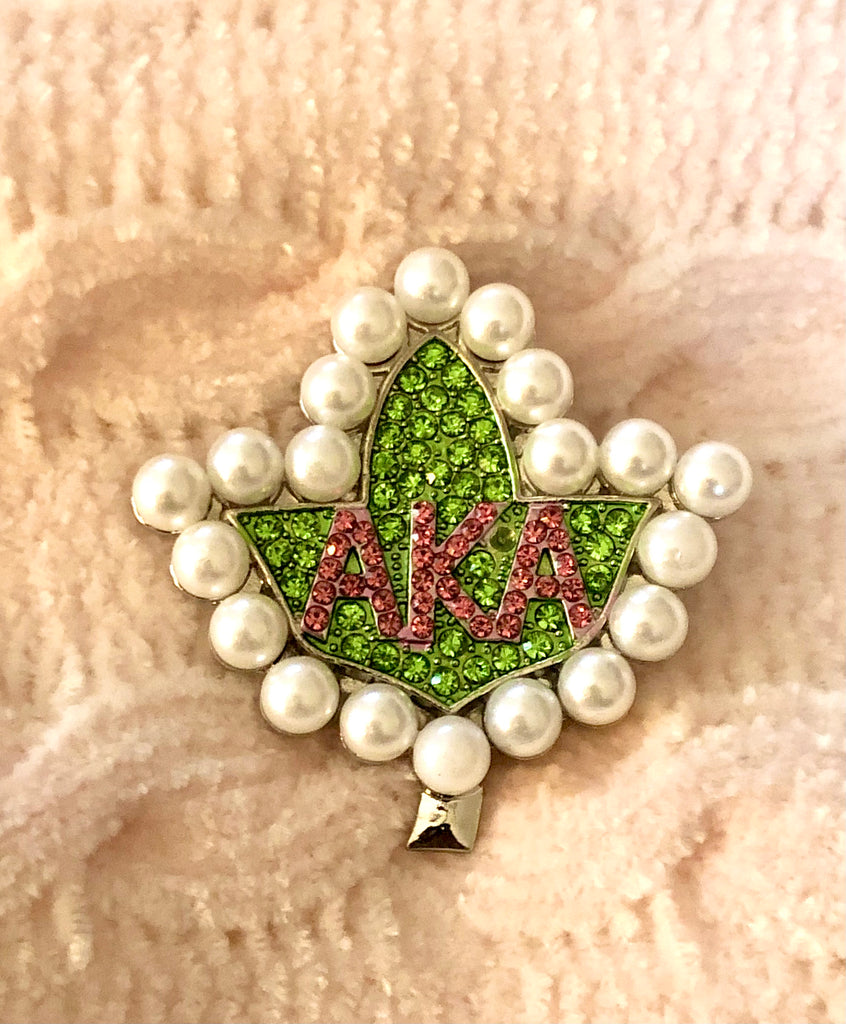 Sparkly Ivy Badge Lapel Pin