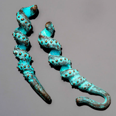 Curlicue hook and eye cast green patina clasp for up to 2.5mm cord
