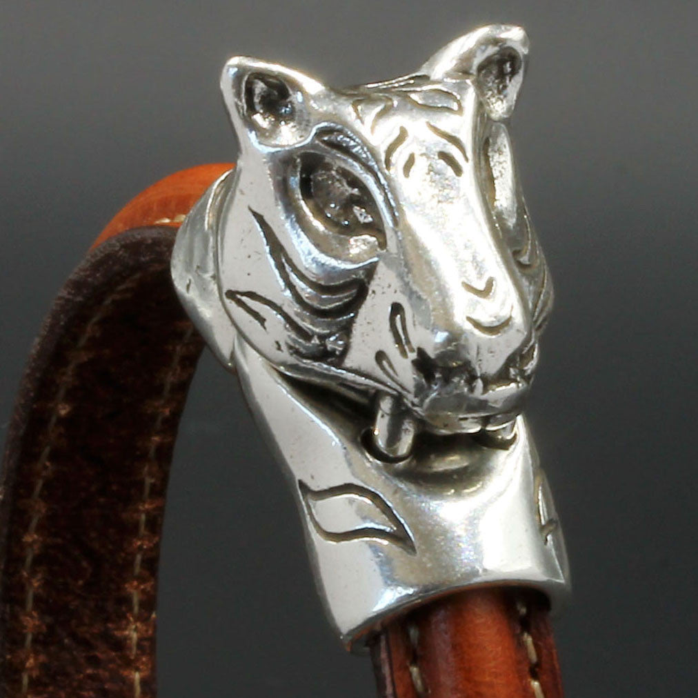 Magnetic Tiger clasp for use with Half Round leathers