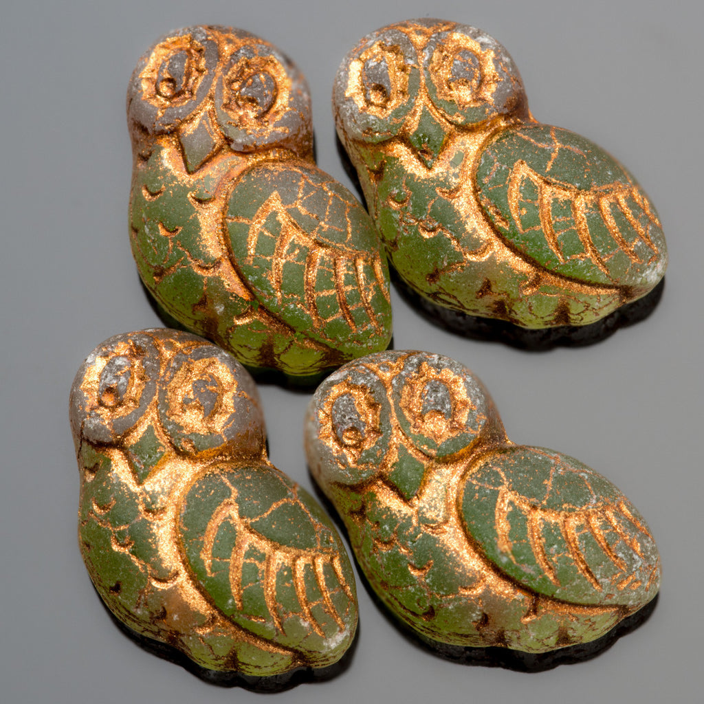 4 Matte old patina flat-back crystal and green copper wash carved owls, 17 x 15mm