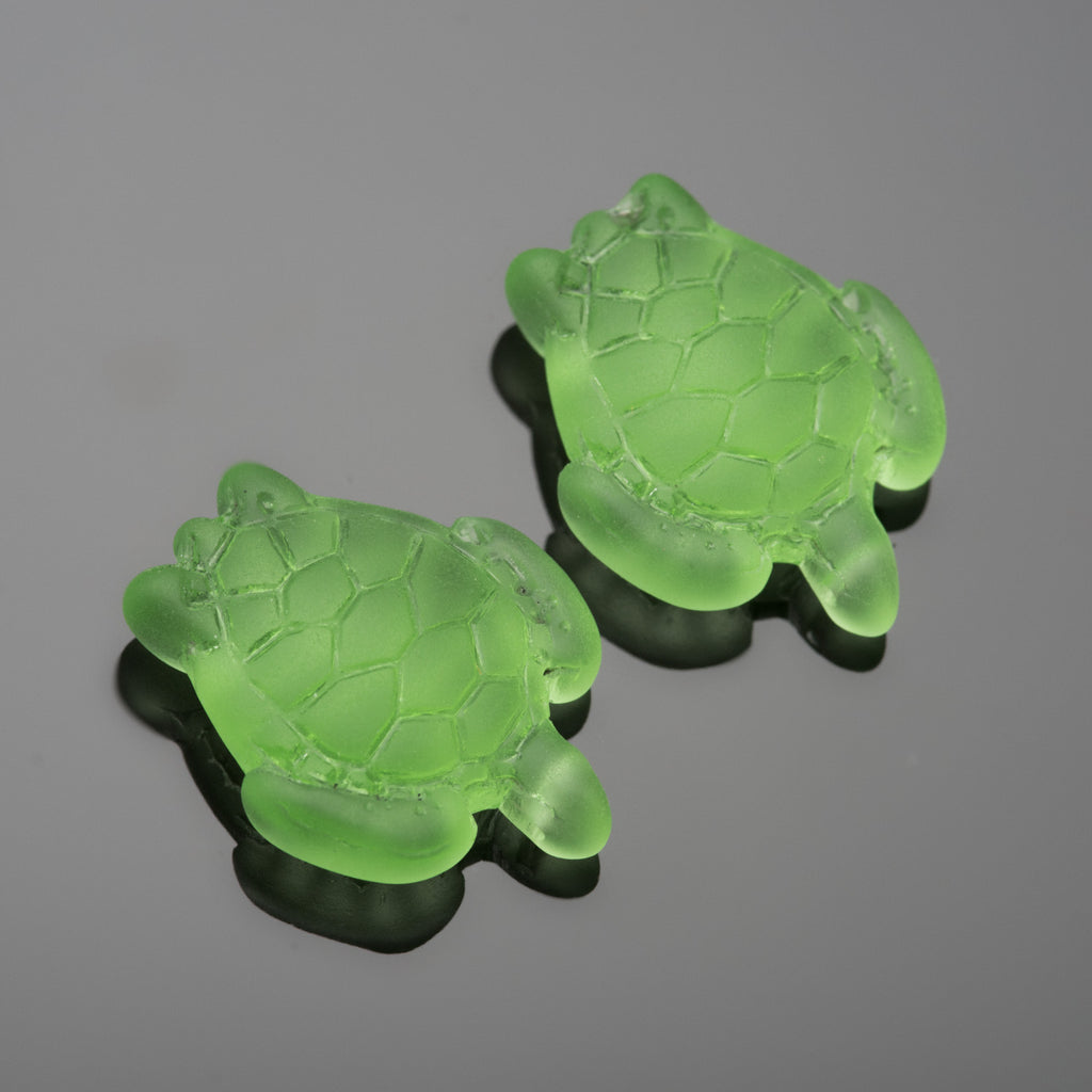 4 Cultured Faux Sea Glass Small Sea Turtle Charms, Peridot, 22 x 18mm