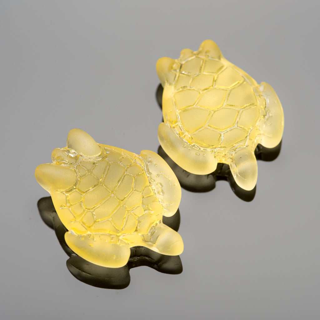 2 Cultured Faux Sea Glass Small Sea Turtle Charms, Lemon, 22 x 18mm