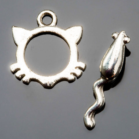 Light Sterling silver plated pewter cat and mouse toggle clasp, 15 x 15mm