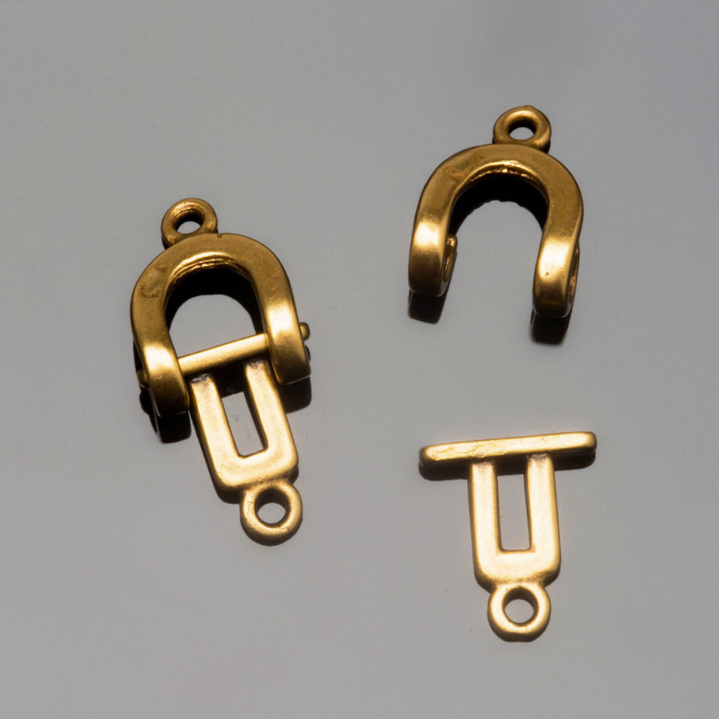 CLEARANCE JBB Antique brass horseshoe clasp set, 18 x 8mm
