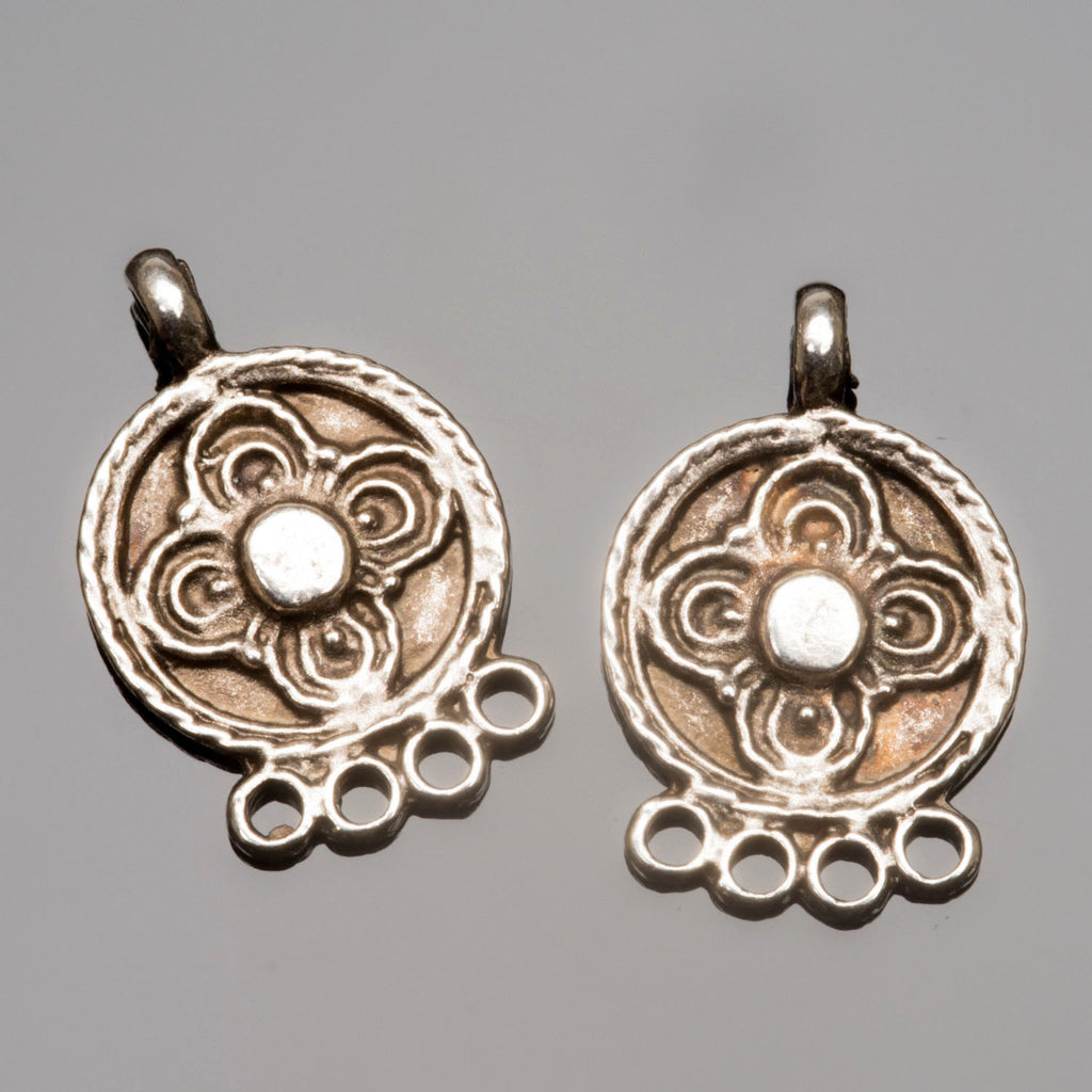 2 Ornate earring pendants, antique silver, 23 x 15mm