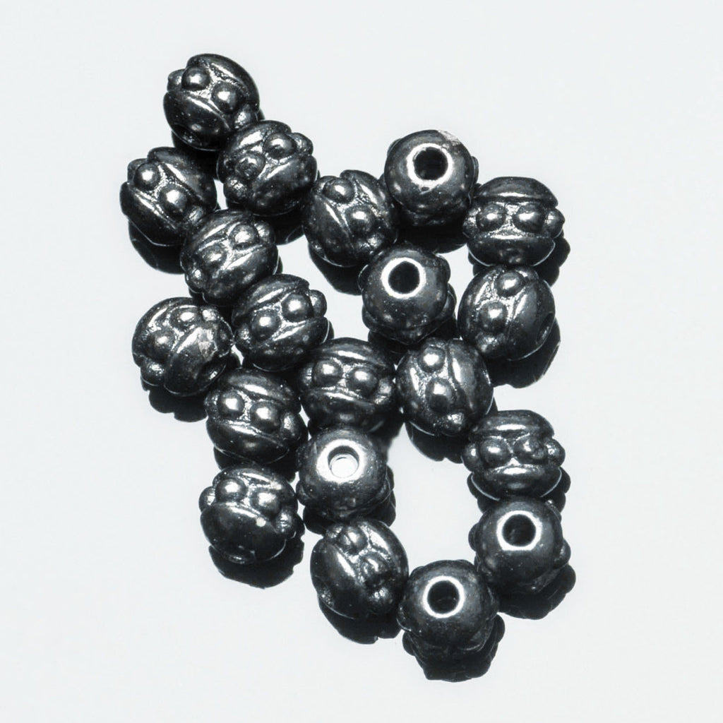 20 Tierracast Brittania pewter 8/0 (3mm) Cast seed beads, Gunmetal