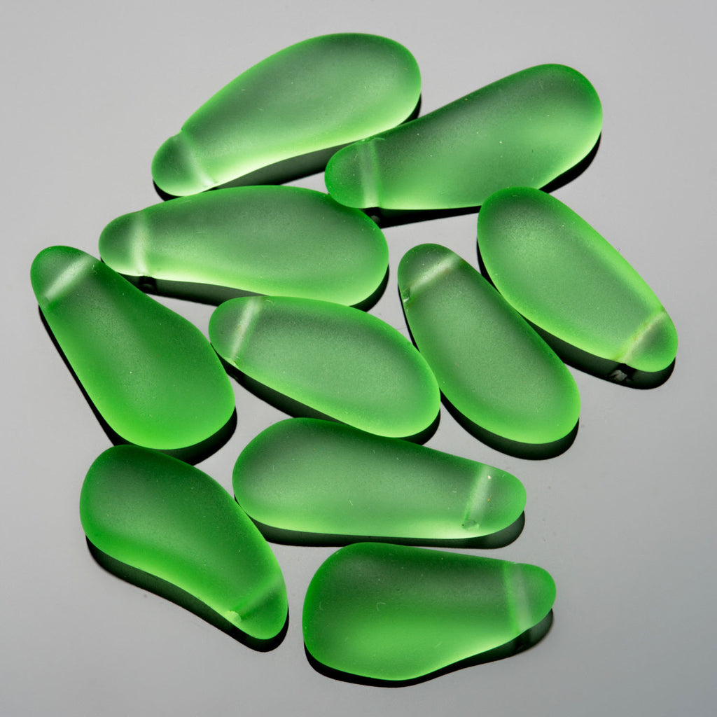 5 Faux sea glass teardrop nuggets, mix of shapes, 16 to 24mm long, Peridot