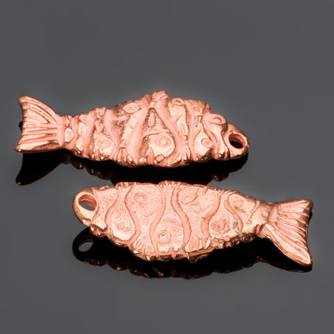 CLEARANCE 6 Cast Fishy fish charms, bright copper 28 x 11mm