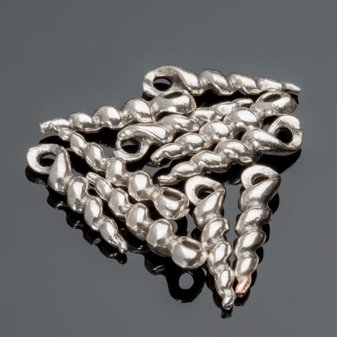 10 Antique silver twist spike shell charms, 18mm