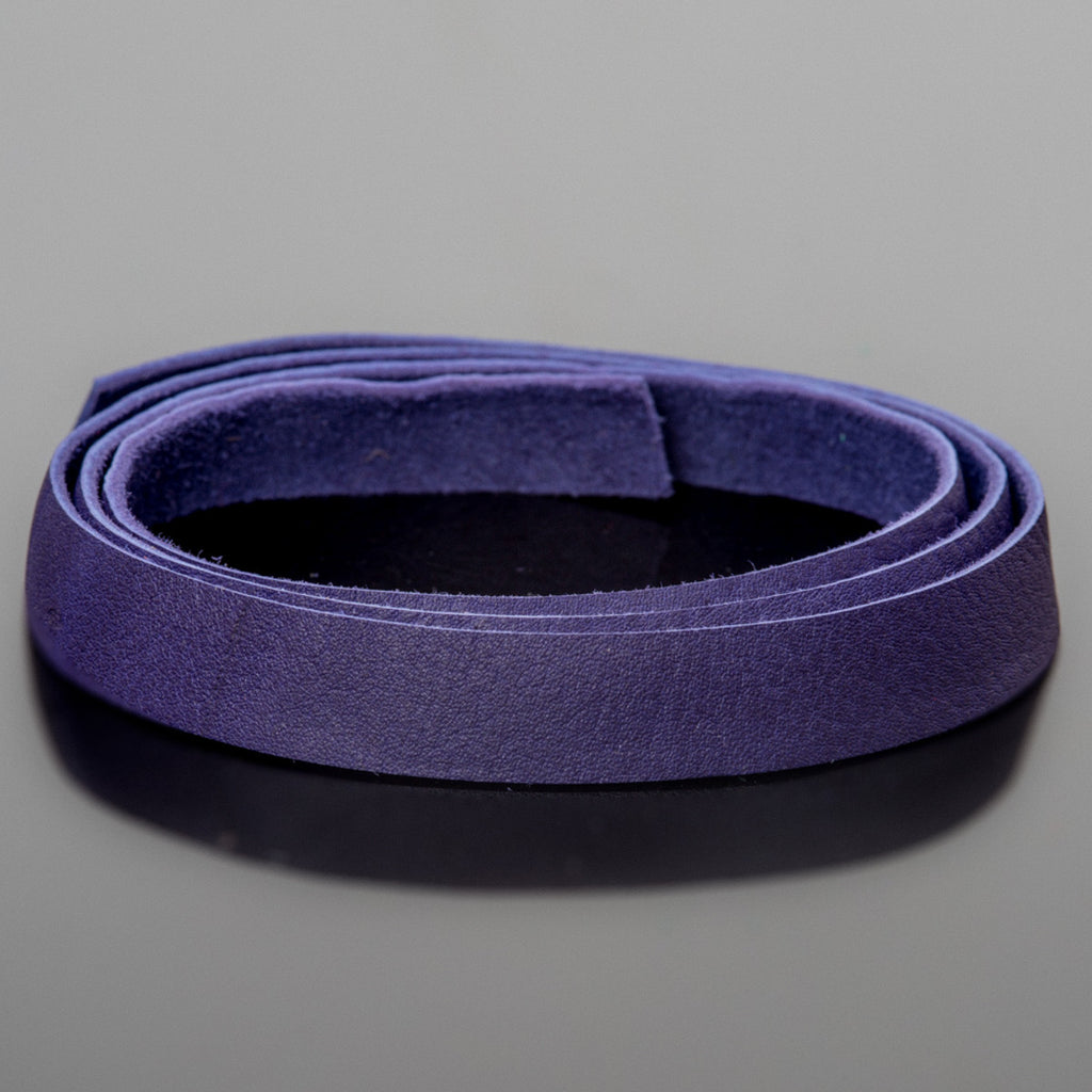 3 Feet soft high quality 10mm leather deertan flat cord, Violet