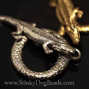 Clasp - Pewter Alligator Toggle Clasp, Antique Pewter Or Antique Gold Finish, 27 X 16mm