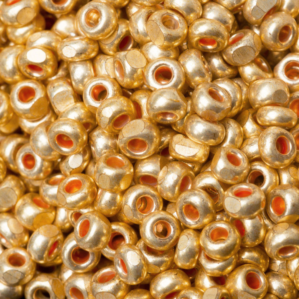 CLEARANCE 10 Grams Loose 8/0 Gold one cut Preciosa Czech glass seed beads, 3 x 2mm