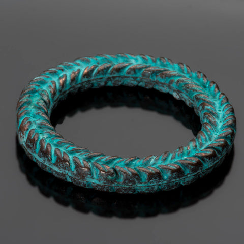 Green patina cast braided ring wreath connector, 29 x 4mm