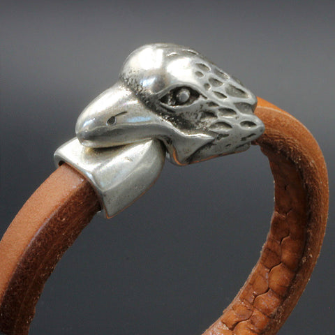 Magnetic Raven clasp, for use with Regaliz or multiple leather strands, 10 x 7mm hole
