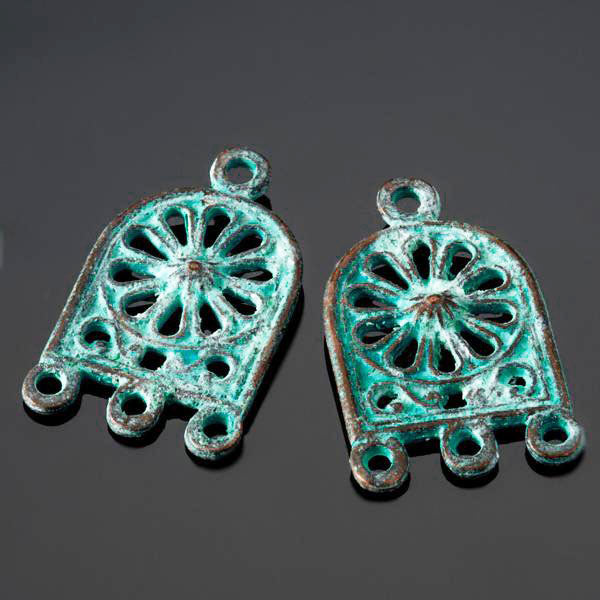2 Cast Ornate Earring Arch, 26 x 15mm, Top Hole 3mm, Green Patina