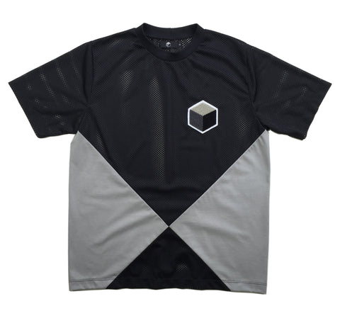 studio_805 SS16 intersect light T-shirt front view