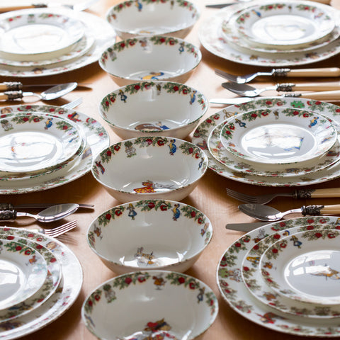 Alice In Wonderland Tea Party Dinner Service Set for 8