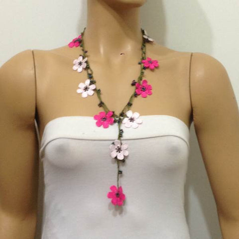 10.20.17 PINK OYA Flower Lariat Necklace with purplish black beads.