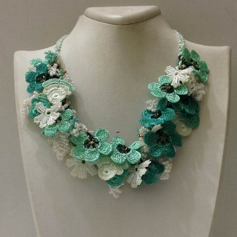 Green and White Bouquet Necklace - Crochet OYA Lace Necklace