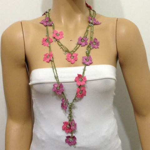 Pink and purplish Pink Crochet Necklace - Beaded lariat - Crochet oya lace Necklace