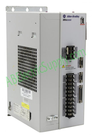 Allen Bradley - Drives Ultra3000-5000 2098-DSD-HV100 Ser B
