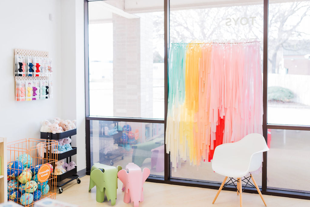 THL shop window and chair