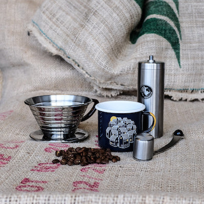 Kalita Wave, Hand Grinder, and Enamel Mug Set