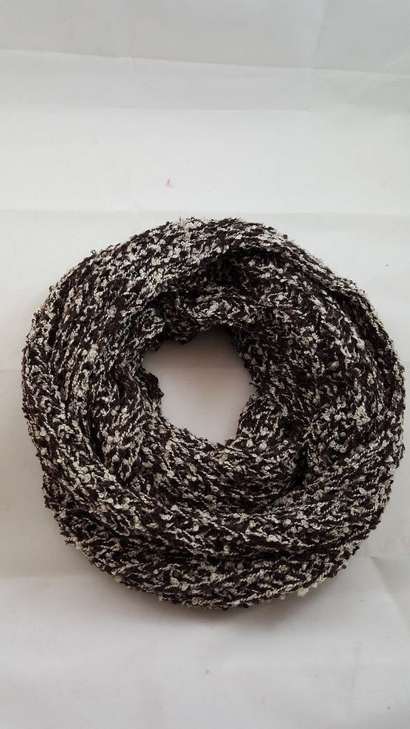 Two toned knit infinity
