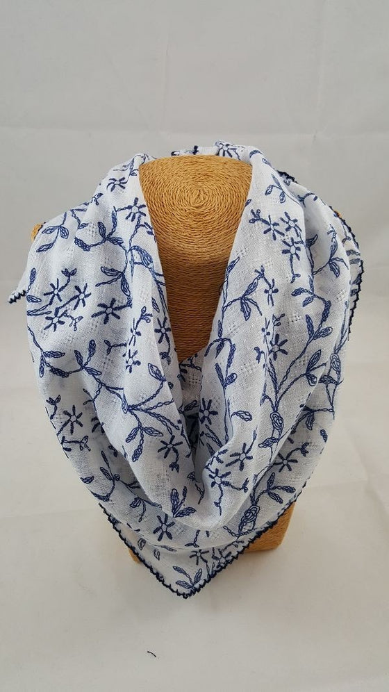 Patterned square scarf