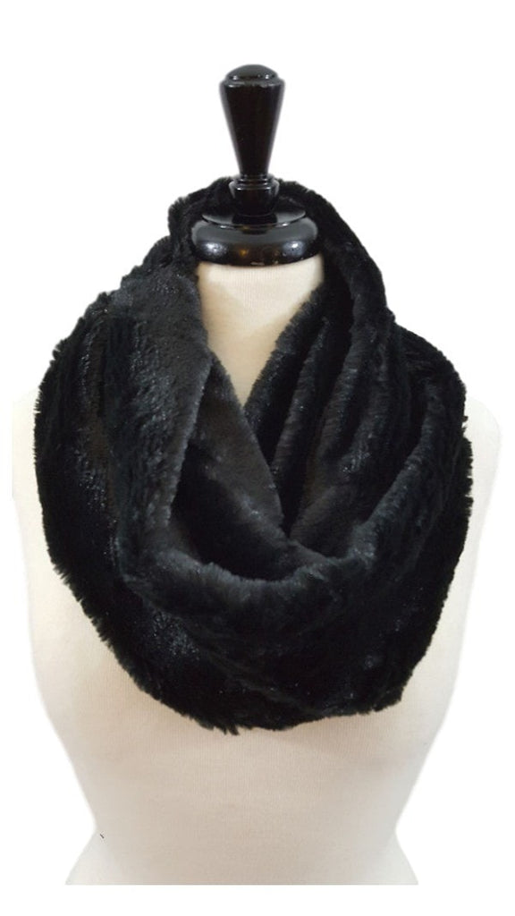 Plush faux fur infinity