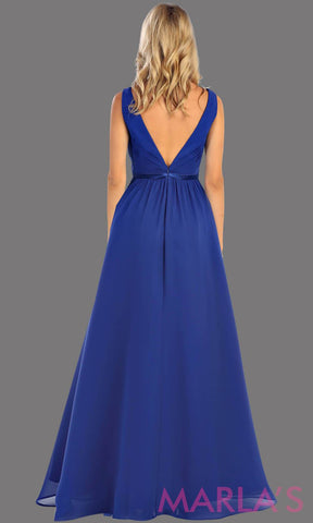 Back of long royal blue dress with wide straps and v neck dress. This simple evening gown is perfect for a wedding guest dress, simple blue prom dress, or even a bridesmaid dress. This dress is available in plus size