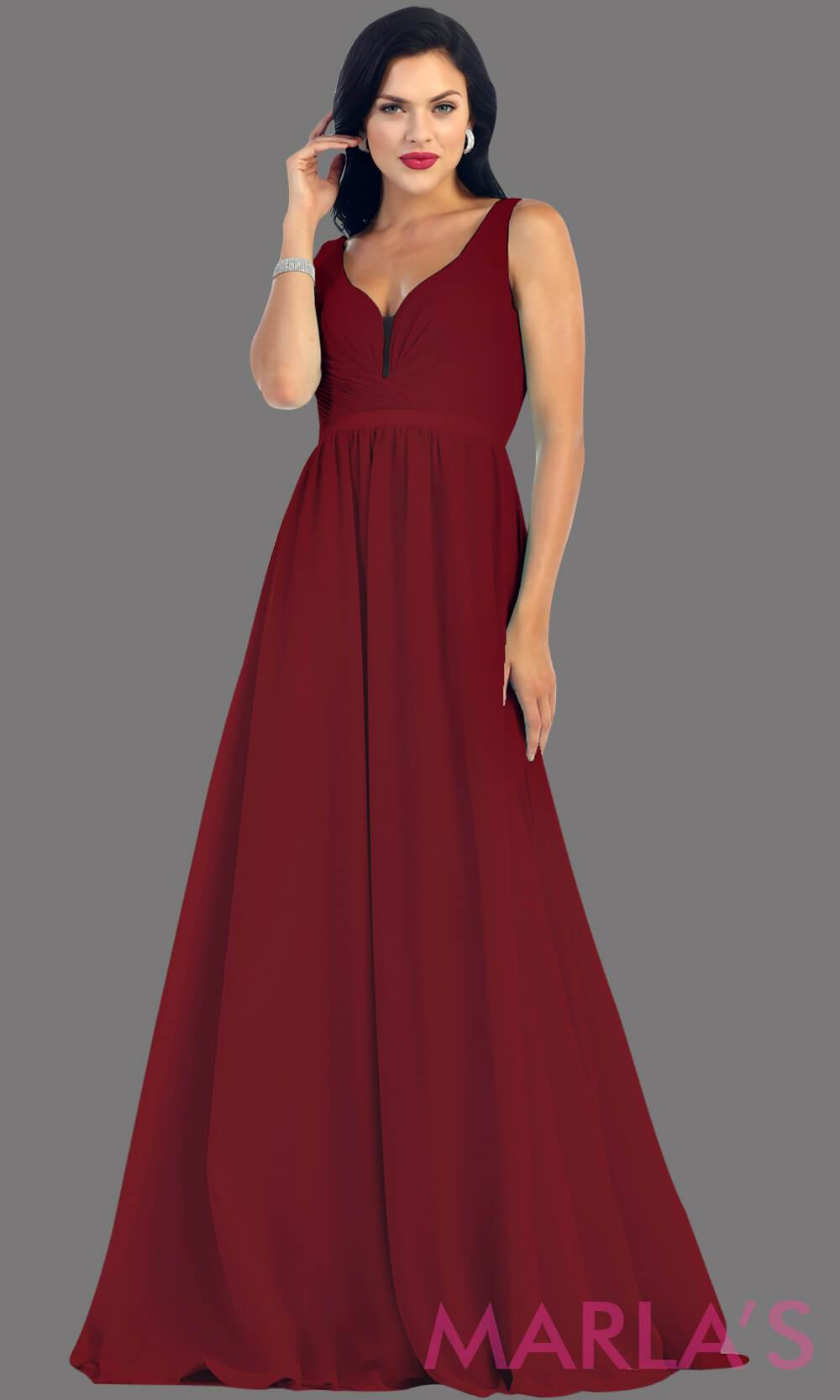 Long burgandy dress with wide straps and v neck dress. This simple evening gown is perfect for a wedding guest dress, simple dark red prom dress, or even a bridesmaid dress. This dress is available in plus size