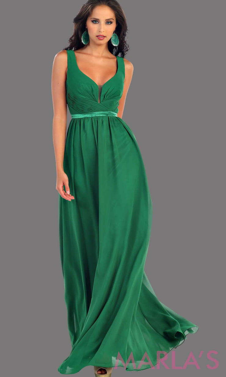 Long Green dress with wide straps and v neck dress. This simple evening gown is perfect for a wedding guest dress, simple light prom dress, or even a bridesmaid dress. This dress is available in plus