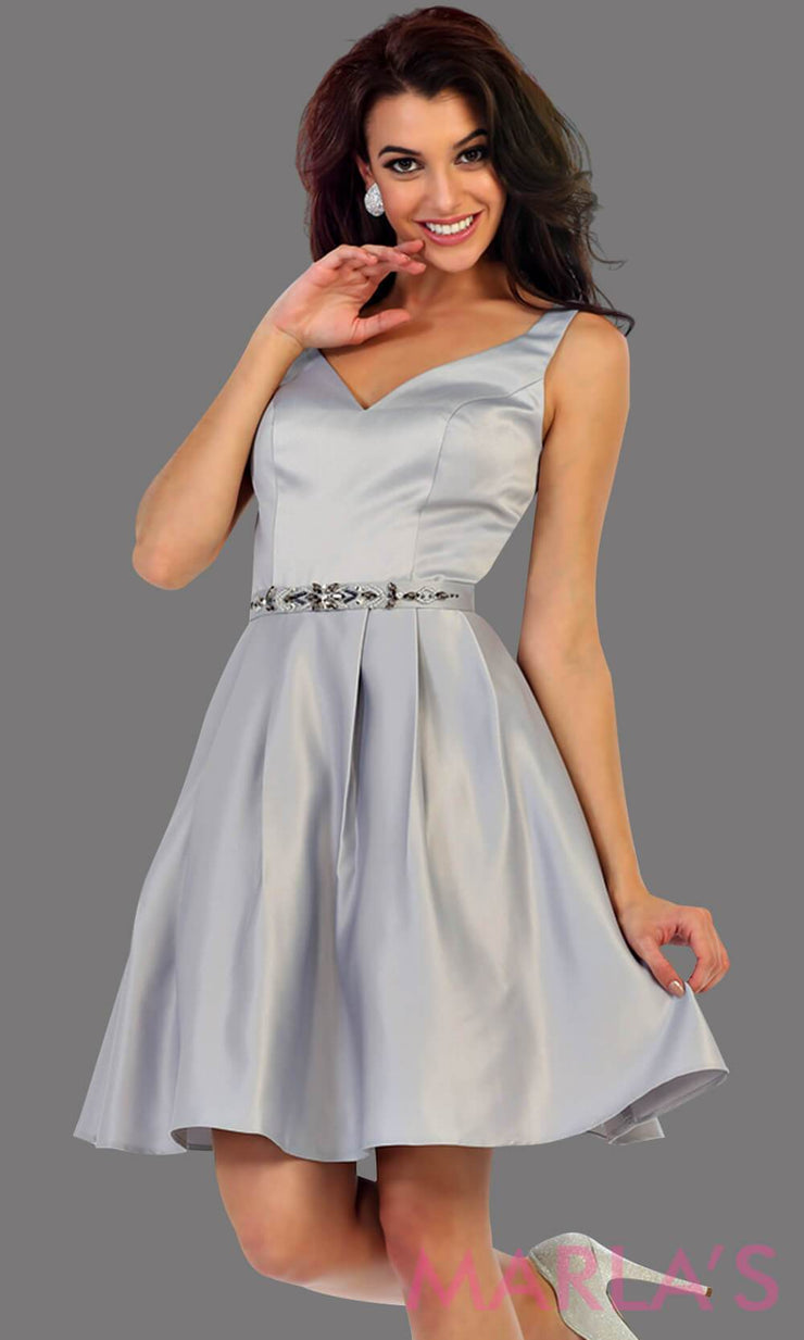 1477-Short v neck taffeta light gray grade 8 grad dress with rhinestone belt. Perfect as a silver confirmation dress, wedding guest dress, graduation dress, short prom dress, or damas dress. Available in plus sizes