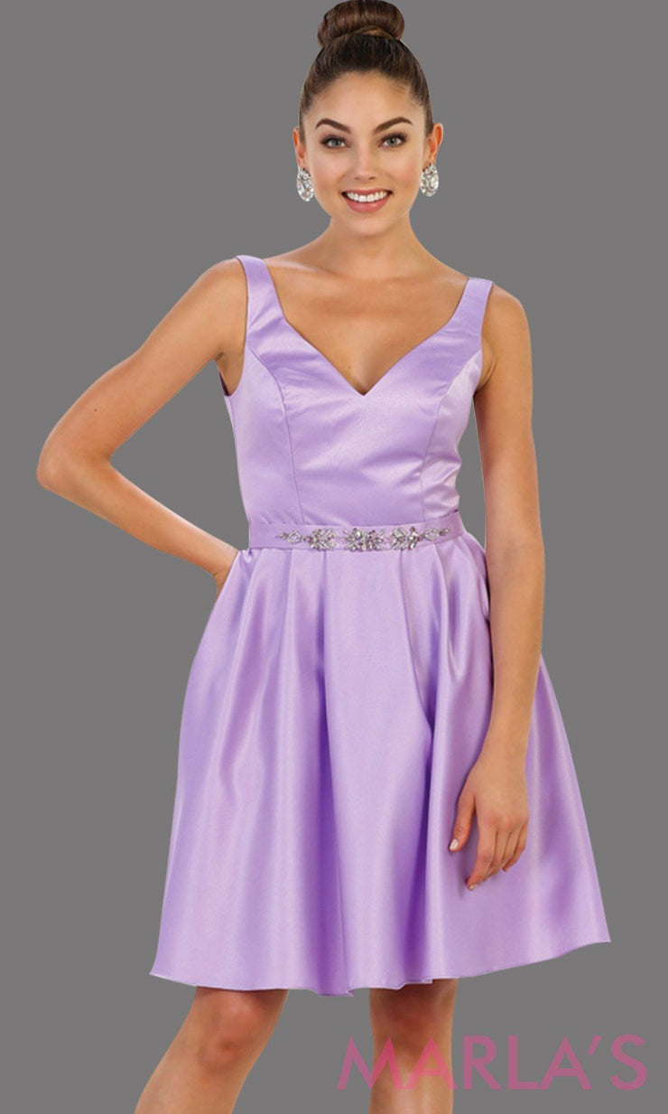 Short v neck taffeta lilac grade 8 grad dress with rhinestone belt. Perfect for confirmation dress, wedding guest dress, graduation dress, light purple short prom dress, damas dress. Available in plus sizes